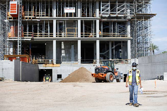 Work continues on new UNLV medical school building, set to open next year — Las Vegas Sun