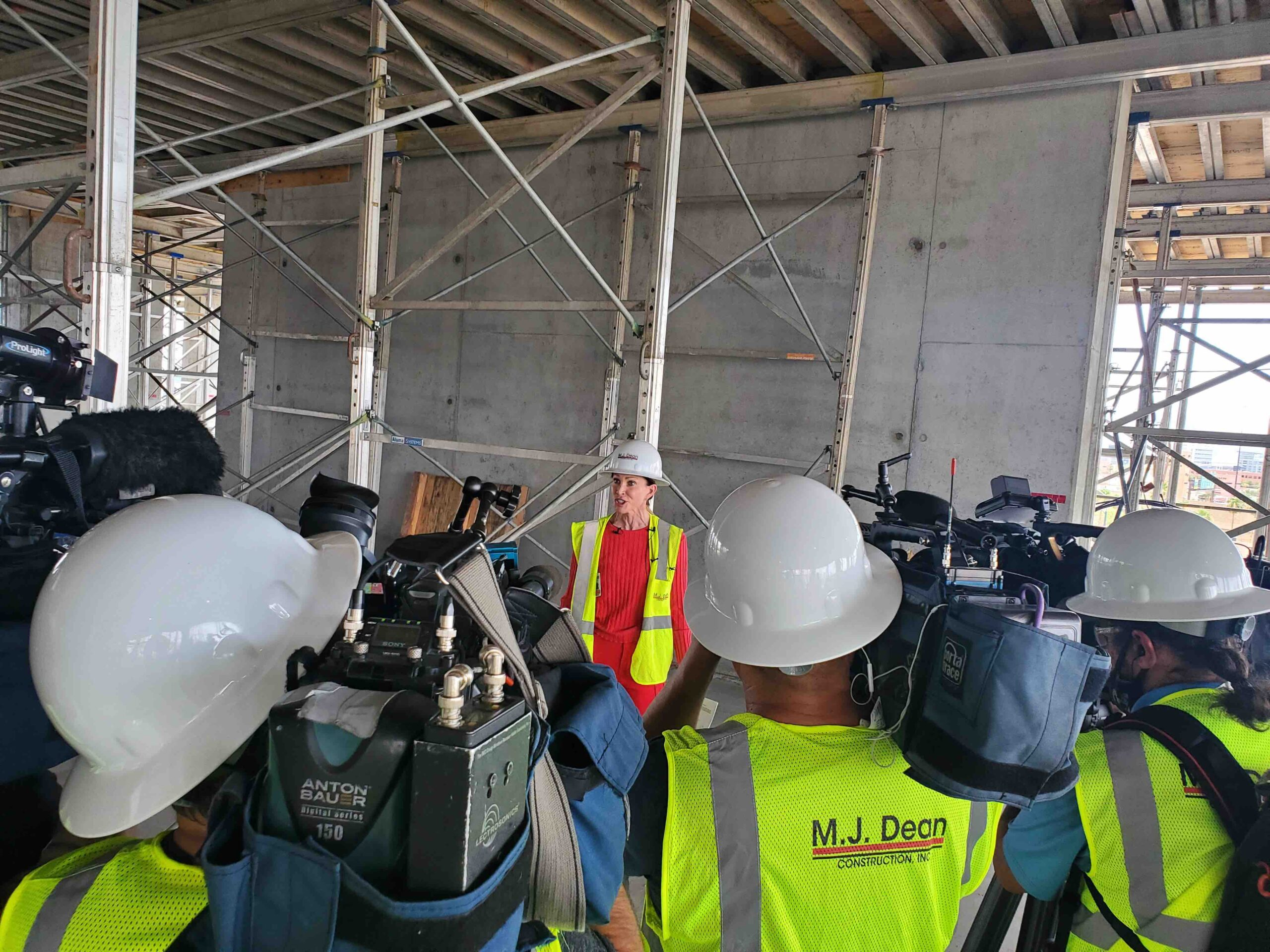 UNLV's new medical education building hits halfway point — Las Vegas Review-Journal